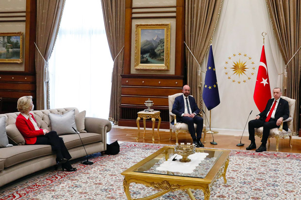 Uni Eropa Kecam Turki Terkait Insiden Sofagate Von Der Leyen
