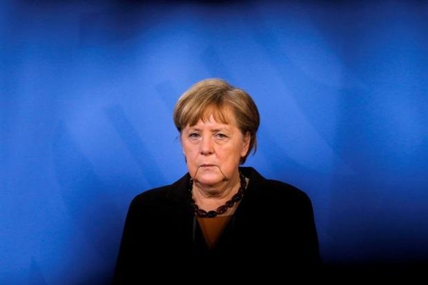 Merkel Desak Putin Kurangi Pasukan Rusia di Dekat Ukraina