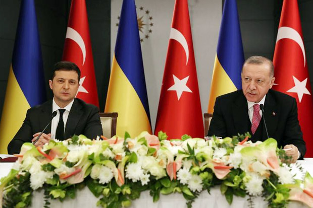 Tawarkan Dukungan, Erdogan Serukan Diakhirinya Ketegangan di Ukraina