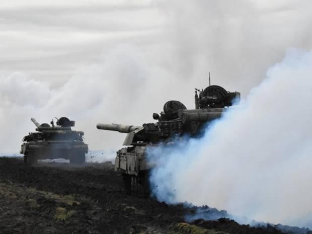 Rusia dan Ukraina Gelar Latihan Militer Serentak,
