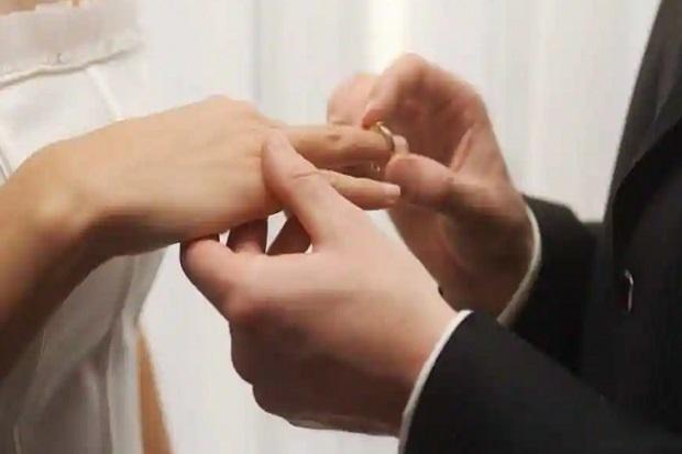Demi Uang Cuti, Pasangan Ini Nikah 4 Kali dan Cerai 3 Kali dalam 37 Hari
