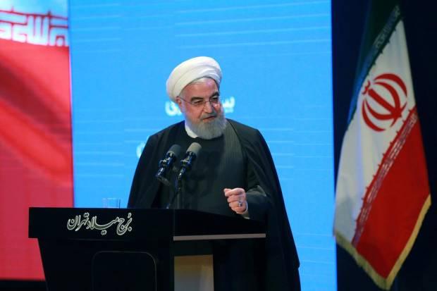 Presiden Iran Rouhani Desak Para Jenderal Menjauh dari Politik