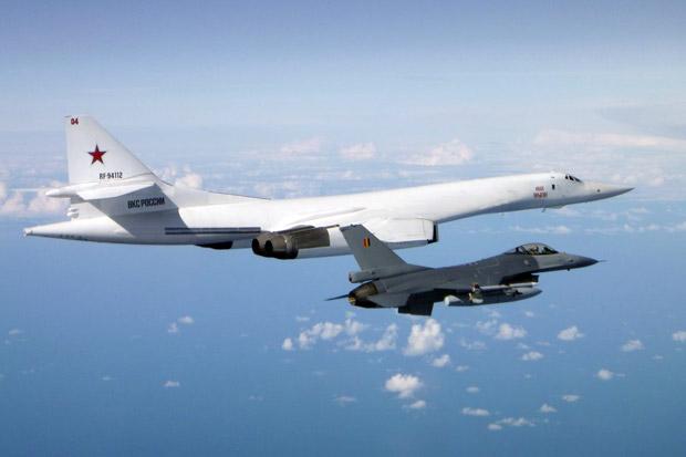 Pembom Rusia Lewat Laut Baltik, Jet Tempur 3 Negara Ini Terbang Mengawal
