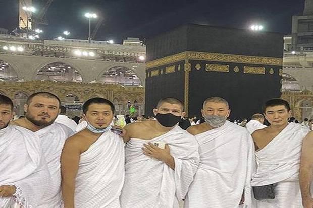 Khabib Nurmagomedov Laksankan Umrah di Pekan Terakhir Ramadhan