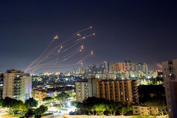 Militan Gaza Sudah Tembakkan 3.000 Roket, Jenderal Israel Heran
