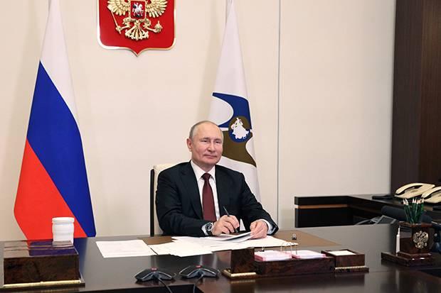 Diteken Putin, Rusia Sah Keluar dari Perjanjian Open Skies