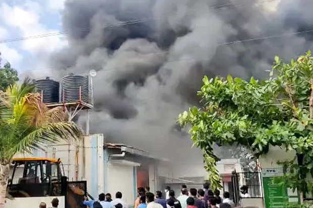 Horor, 18 Tewas Terpanggang dalam Kebakaran Pabrik Kimia India