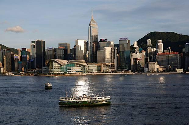 Hong Kong Longgarkan Kebijakan Karantina bagi Pelancong