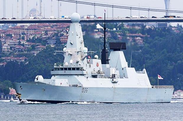 Buntut Insiden Laut Hitam, Rusia Ancam Tembak Kapal Perang yang Menyusup