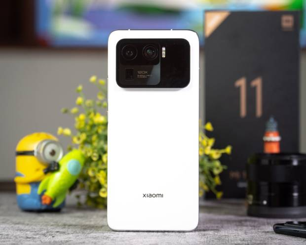 Mengapa Xiaomi Mi 11 Ultra Harganya Sampai Rp17 Juta?