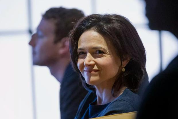 Diam-Diam CEO Facebook Mark Zuckerberg dan COO Sheryl Sandberg Ternyata Tidak Akur