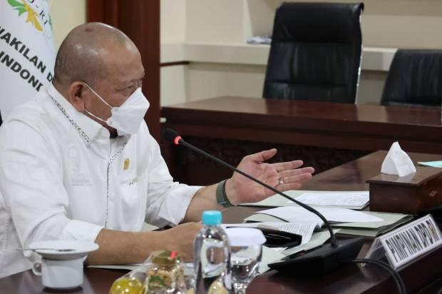 Sambut Positif Penambahan Anggaran Bansos, Ketua DPD RI: Bantuan Harus Segera Dibagikan
