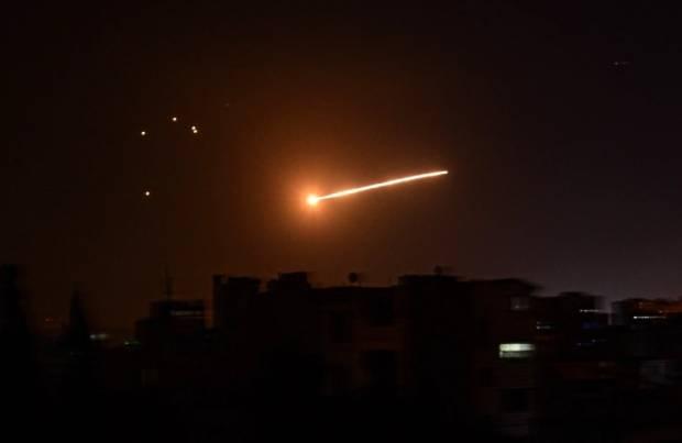 Suriah Tembak Jatuh 7 dari 8 Rudal Israel yang Diluncurkan dari Jet Tempur F-16