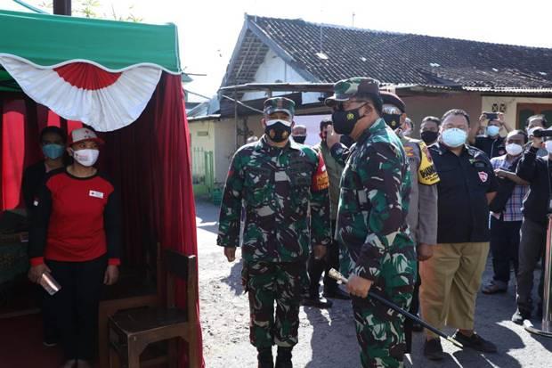 Panglima TNI Imbau Warga Bergejala Covid-19 Segera ke Tempat Isoter