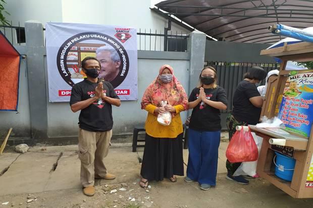 Relawan Sahabat Ganjar Borong Produk UMKM di 51 Kota di Indonesia