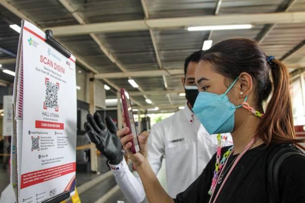 Cara Cepat Tunjukkan Sertifikat Vaksin Aplikasi PeduliLindungi di KRL Commuter Line