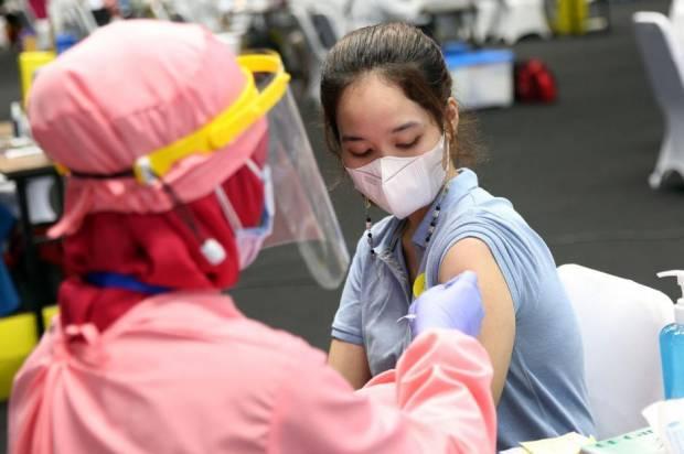 DPR Nilai Dukungan Pemda Penting Capai Target Vaksinasi