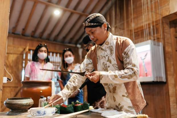 Tribee Indonesia Kenalkan Budaya Indonesia di Kanal YouTube Warna Budaya