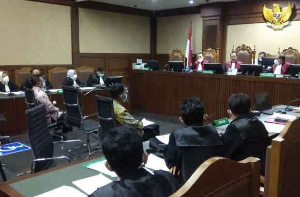 2 Pejabat Pajak Didakwa Terima Suap Rp57 Miliar dari 3 Perusahaan Besar