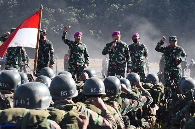 Di Hadapan Siswa Pendidikan Komando, KSAL: Banggalah Menjadi Prajurit Marinir