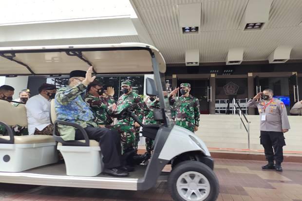 Panglima TNI Tiba-Tiba Sopiri Ketum PBNU, Ada Apa?