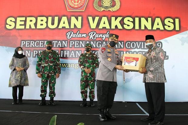 Gandeng PCNU Banyuwangi, Panglima TNI dan Kapolri Kejar Target 70% Vaksinasi